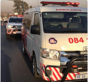 Vehicle crashes into traffic light leaving six injured in EDENDALE