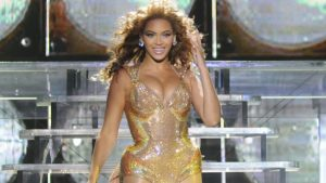 Beyoncé Holds Daughter Rumi's Hand In Cute New Video Ahead Of Helicopter Ride