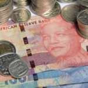 Nkalakatha of the week: Would you return R1 000 if it was accidentally deposited into your account?