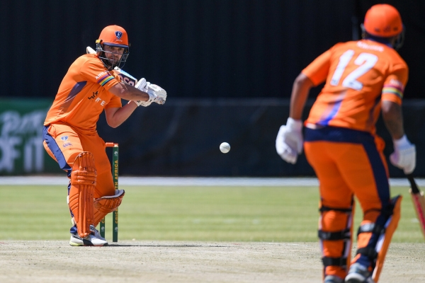 Knights edge Dolphins to claim domestic T20 Cup
