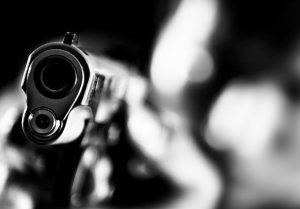 Grade R pupils watch as thieves hold their teachers at gunpoint