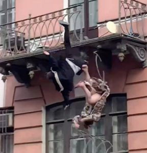 Couple rushed to hospital after falling off balcony together while arguing